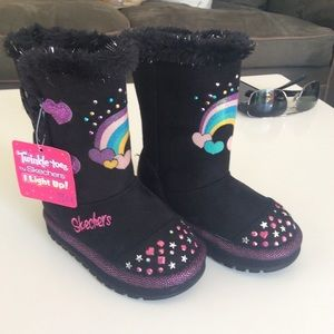 Toddler Sketchers boots